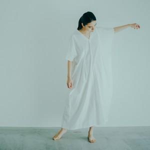 WONDER FULL LIFE / KAFTAN DRESS[WHITE / DARK NAVY]