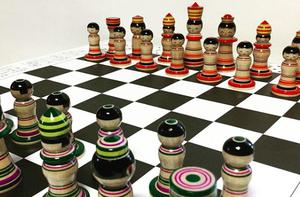 こけしのチェス こけス