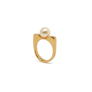PEARL STAND RING