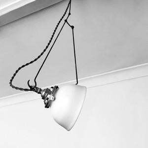 自在鉤白磁シェード一式 shade-a with adj. lighting hook