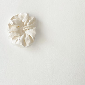 scrunchie(white)