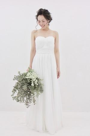 Camomile Drop 流れるシフォン♡ シンプルスレンダードレス