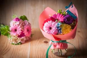 【母の日ギフト・プレゼント】スペシャルブーケ〈花:カーネーション〉