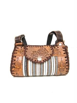 PERU GOODS / ペルー雑貨牛革のバッグ(小)