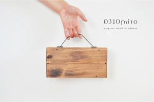 ≪携帯用≫国産ひのきの木製マスクケース≪持ち運び可・仮置き用≫(黒の金具)