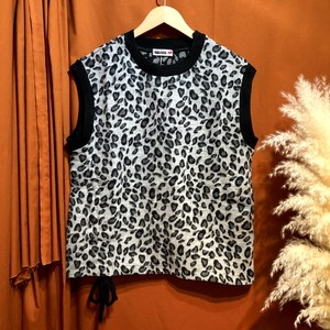 Leopard brushed vest   Color : Gray