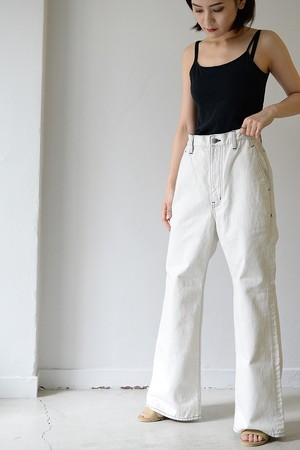 BELPER / FLARED DENIM PANTS