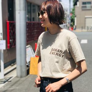 バナナカラーTシャツ【ベージュ × BANANA ENERGY】