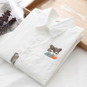 シャツ ブラウス レディース 動物 あらいぐま 長袖 ホワイト 白 秋 かわいい おしゃれ 小動物 S M L