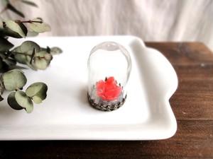 小さなインテリア■ガラスドーム■ガラス製薔薇 朱赤
