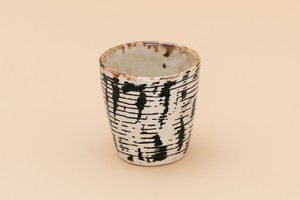 chiecoceramics CUP (black drawing)