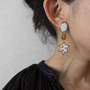 PEKI!RARIGON Milky Star Earrings
