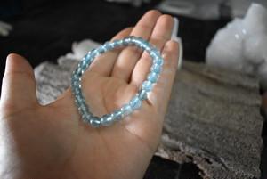 透き通るブルー★良質★アクアマリンブレスレットaqub001