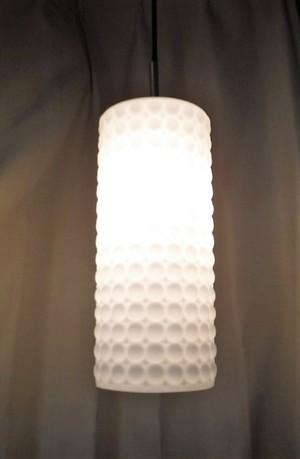 乳白ガラスのペンダント照明【ディンプル】(0316314S100)