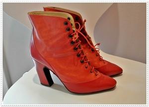 スケート靴みたいな編み上げ★朱色 ヴィンテージ ショートブーツ