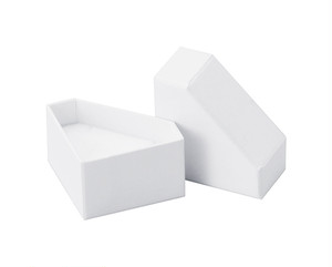 リング・ピアス・ペンダント兼用ダイヤモンド型紙箱Sサイズ 20個入り AR-REP243