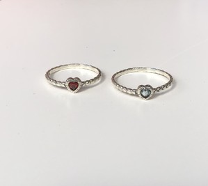 silver ring Heart stone
