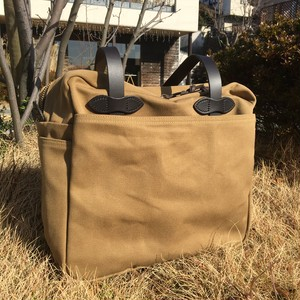 "FILSON ""TOTE BAG with ZIPPER(tan)"""