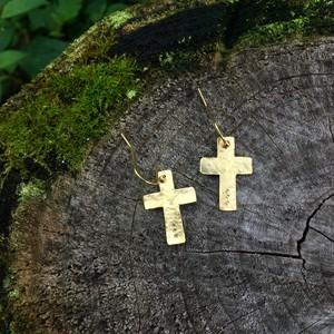 真鍮ピアス cross