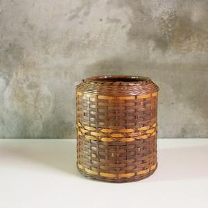竹編のごみ箱
