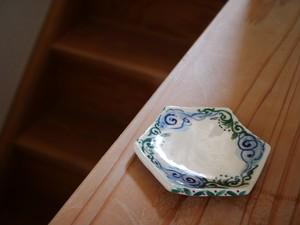 オリジナル盛り塩皿「唐草と瑞雲」