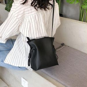 【配送優先】【バッグ】大容量カジュアル売れ筋韓国ファッションボディバッグ26909605