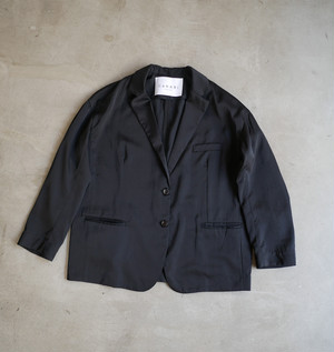 """CaNARi"" The EASY jacket"