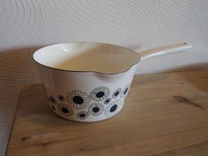 STUDIO HILLAホーローミルクパン(2色)