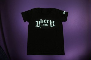 LIBERTY VIP JAPAN Tシャツ レディース