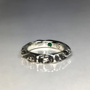 CRATER RING with EMERALD / クレーターリング・エメラルド