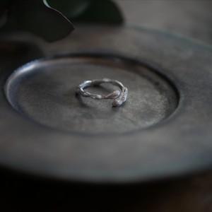 Jyuhi 樹皮フリーリング ( silver )/ YUKIKO MATSUI