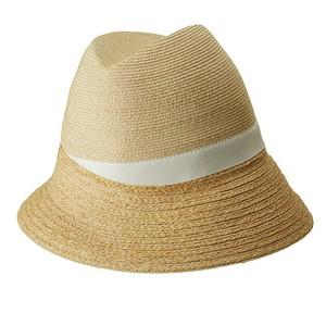 ASYMMETRY HAT/white