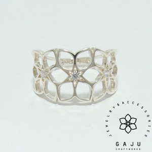 gajuvana Trinity ring (medium・CZ)