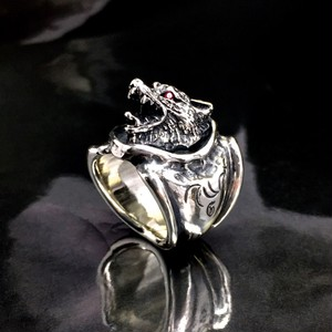 WOLF RING with RUBY / ウルフリング・ルビーアイズ