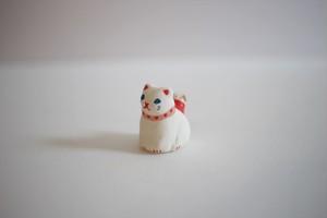 木村幸世(KIMURA&Co.)|フェーヴ 猫とお散歩(白)
