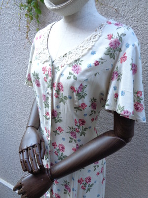 Flower pattern dress back lace up 花柄 ワンピース バックレースアップ