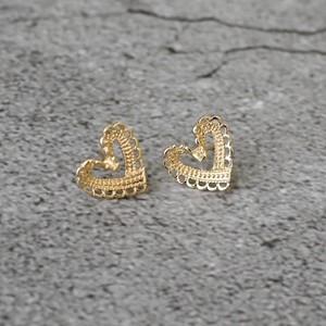 [0107]petit lace heart