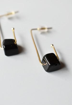 notice stone pierce / A / black onyx