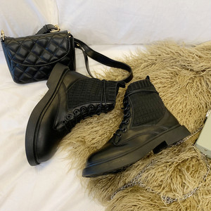 Simple Short Boots