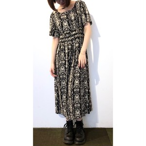 Vintage Black White Damask Rayon Dress / ヴィンテージハイウエストダマスクプリントワンピース