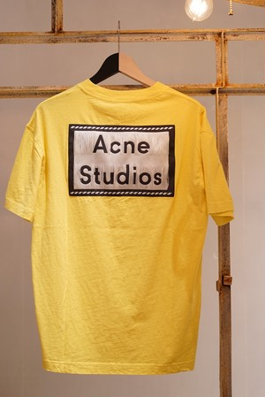 Acne Studios / REVERSE LABEL T-SHIRTS (CANARY YELLOW)
