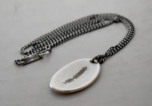 チェーン付き b-rogo engraving Shellfish-board Pendant