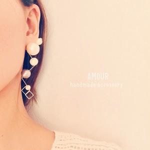 nagare pearl × pierce or earring