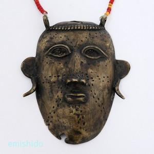 ナガ族。レアなヘッドハンターのメタルヘッド 0104-HA28