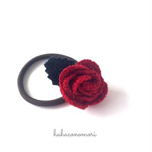 レース糸♡バラのヘアゴム 赤色 大1つ