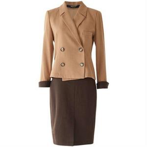 スーツセットアップダブルジャケット+スカートブラウンとキャメル
