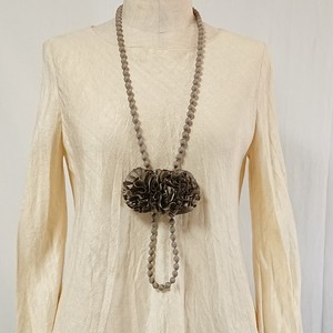 手織りシルクのロングネックレス