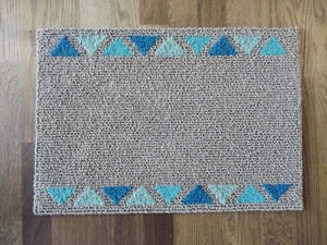 さんかくけいと Triangle & Woolen Yarn & Triangle Participation Intention Rectangle Rare RUG
