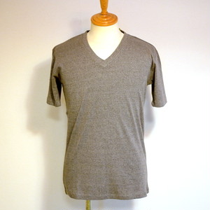 High Tension Circular Rib V Neck TEE Gray