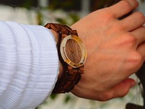 向日葵の押し花の木製(ゼブラウッド)腕時計
